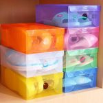 Cajas plastico de colores diferentes ideal para  un cuarto infantil