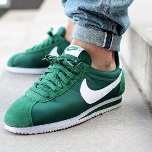 Nike Cortez en color verde
