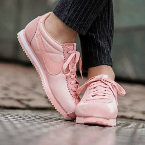Nike Cortez en color rosa